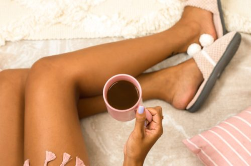 morning-routine-coffee-in-bed